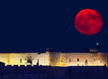 largest super moon 70 years rise break records